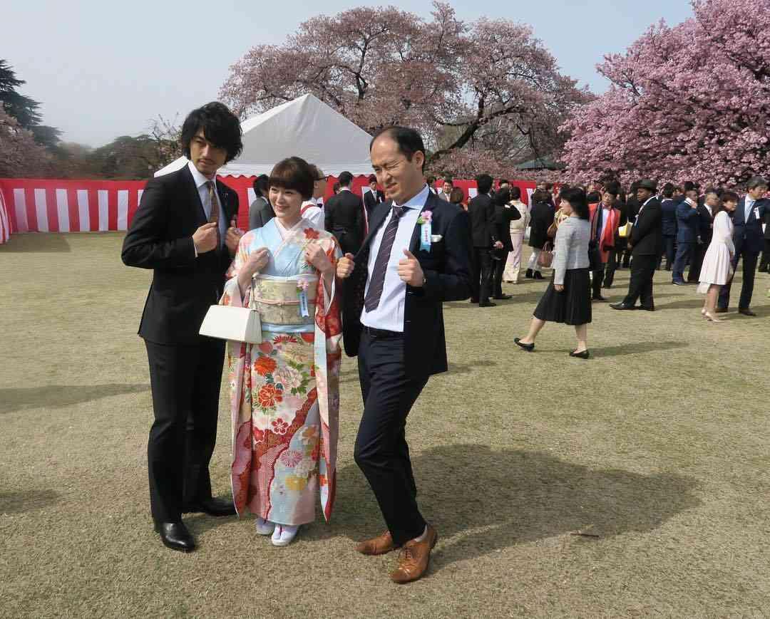 安倍晋三首相主催の「桜を見る会」に多くの芸能人、参加報告まとめ