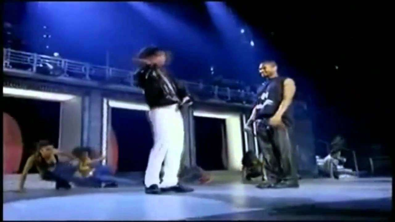 Michael Jackson and Usher dancing - YouTube