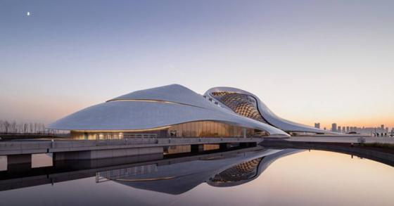 【画像あり】新国立で揉めたザハが中国でオペラハウスを完成させた件 | 2ちゃんねるスレッドまとめブログ - アルファルファモザイク