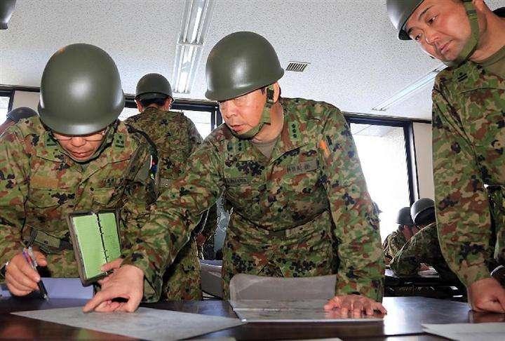 熊本地震 東北の陸自部隊、活動本格化 給水や炊き出し、入浴支援へ:イザ!