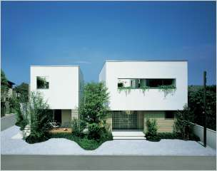自分の実家の両親との二世帯住宅建てられた方おられますか?