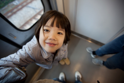 「おもちゃよりも助けたい」子供が電車の中で言った一言から広がる熊本地震への支援の輪 - Spotlight (スポットライト)