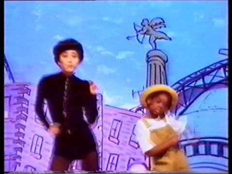 Kakko(鈴木杏樹) 「We Should Be Dancing」 - YouTube