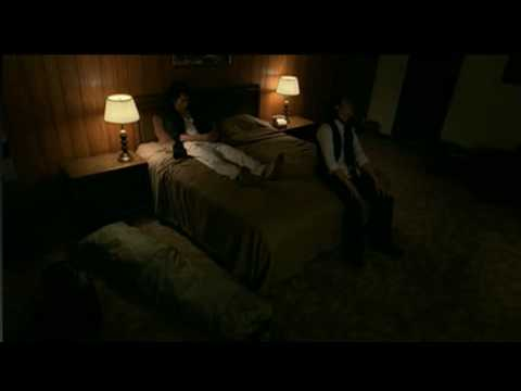 嵐 2010年夏 AU CM bed編 - YouTube