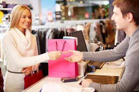 店頭にある現品の商品の購入