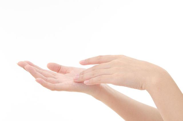 手の紫外線対策どうしてますか?