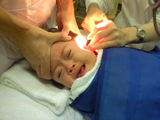 子供の耳掃除