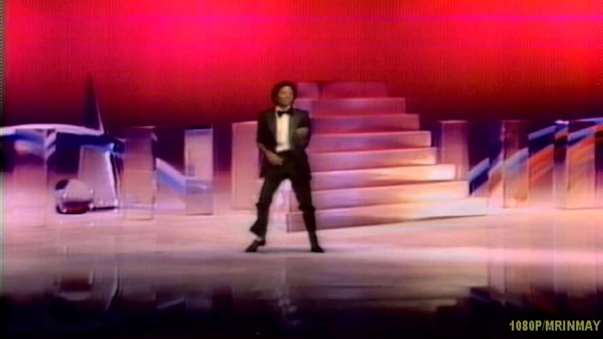 Michael Jackson- Don't Stop Till You Get Enough (HD 1080P) - YouTube