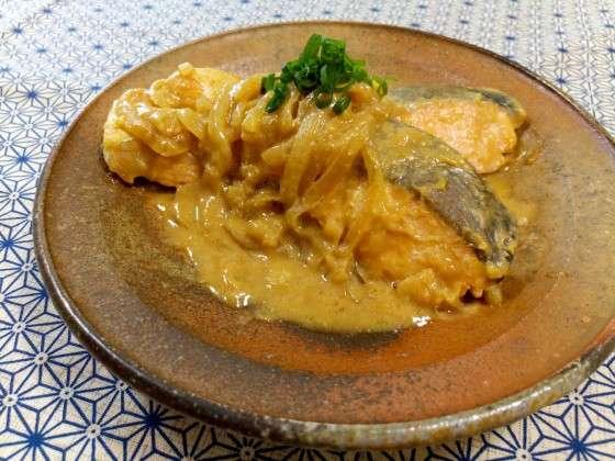 南極料理人の、鮭の味噌煮のレシピ。ピーナッツバターを使います。 | やまでら くみこ のレシピ