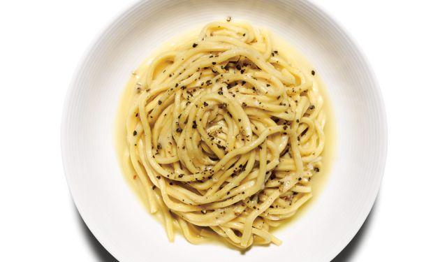 世界一簡単に作れるクリーミーパスタ♡「カチョエペペ」のレシピ - macaroni