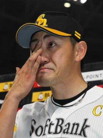 内川V弾男泣き「熊本地震」被災者に届け「見てくれた人笑顔に」 (スポニチアネックス) - Yahoo!ニュース