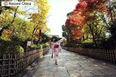 アジア人の見分け方、「澄み切った目=日本人」「狡猾な目=韓国人」「気品ある目=台湾人」「凶暴な目=中国人(本土)」