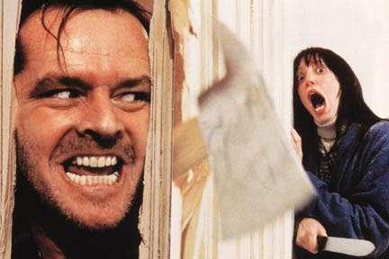 【苦手な人注意】ホラー映画『シャイニング』の撮影で使われたホテルに宿泊した客が心霊写真を撮影!