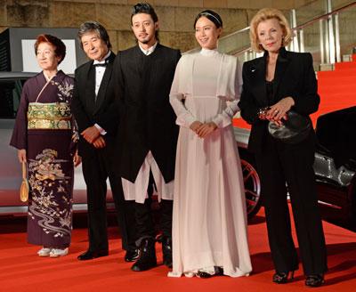 """AKB48島崎遥香にPerfume、本田翼!? """"格""""なさすぎ『東京国際映画祭』の薄汚れた裏側…。"""