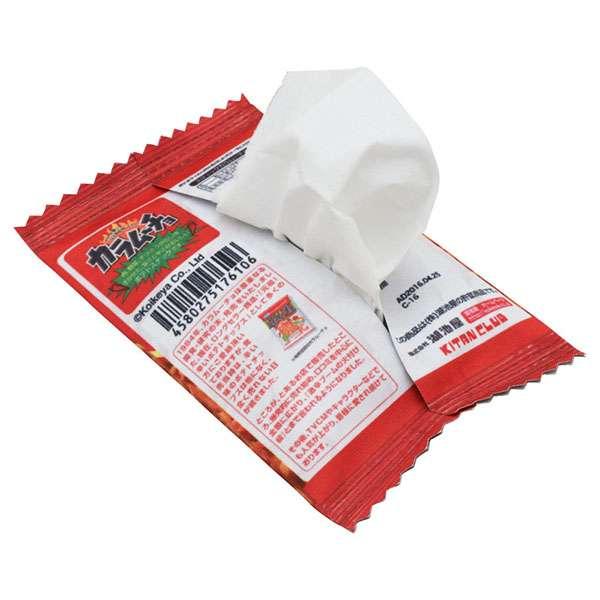 ポテトチップス in ポケットティッシュ スナック菓子の袋を開けたらティッシュが出てくる「スナックティッシュケース」