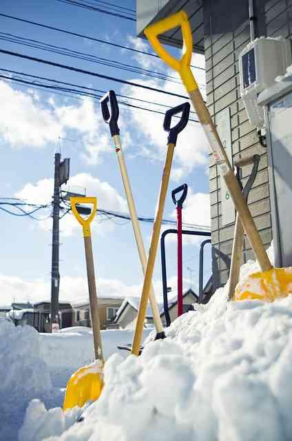北国で続出「ぼったくり雪かき」、勝手に作業して「金払え」 - コラム - Jタウンネット 東京都