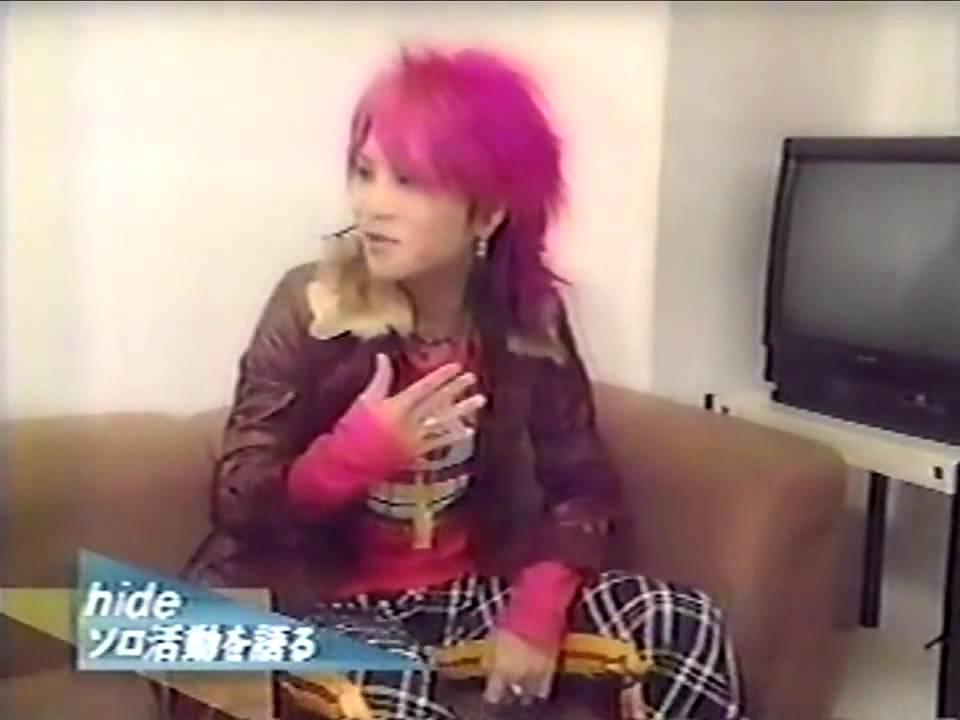 X JAPAN  hideによるYOSHIKIの物まね - YouTube