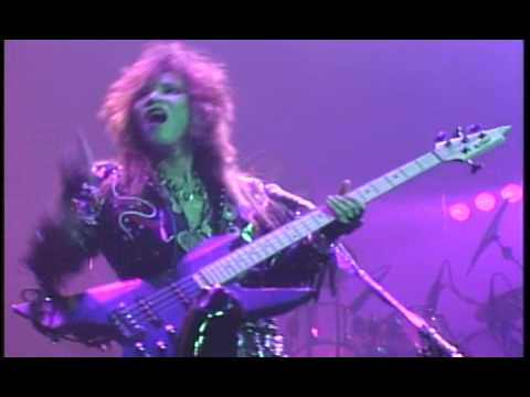 Taiji Tapping And Slap Bass Solo - YouTube