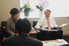 痛いニュース(ノ∀`) : おにぎり出され激怒した自民党の松本現地本部長、自治体から「支援の邪魔」と批判され更迭 - ライブドアブログ