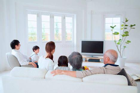家族でテレビを見ていて気まずくなったシーン
