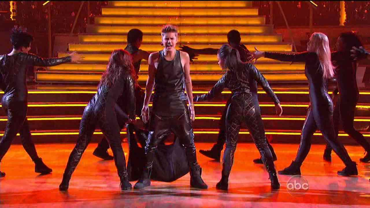"""Justin Bieber Performs """"As Long As You Love Me"""" LIVE On Dancing With The Stars - 9/25/2012 (IN HD) - YouTube"""