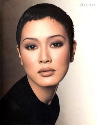 美しいモデル「ジェニー・清水 Jenny Shimizu」   WEB KAY