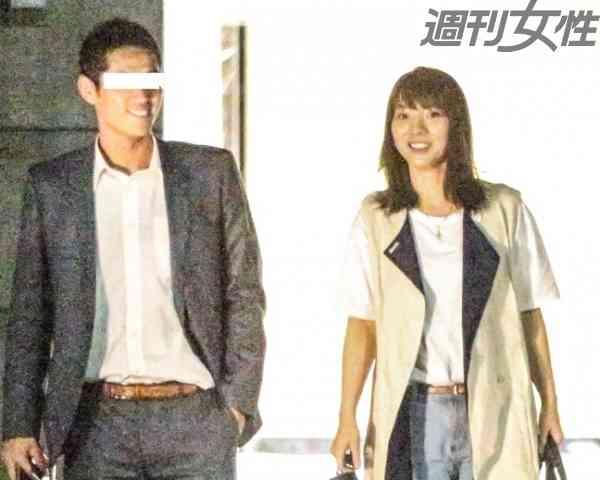 元AKB48高城亜樹、スーツ姿のイケメンと夜カフェデート 週刊女性PRIME [シュージョプライム]   YOUのココロ刺激する