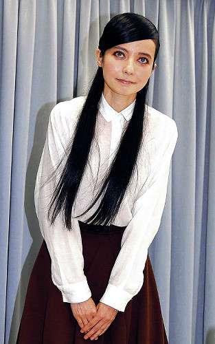 ベッキー、川谷元妻にまた謝罪 金スマ出演当日まで知らせず…週刊文春報道 : スポーツ報知