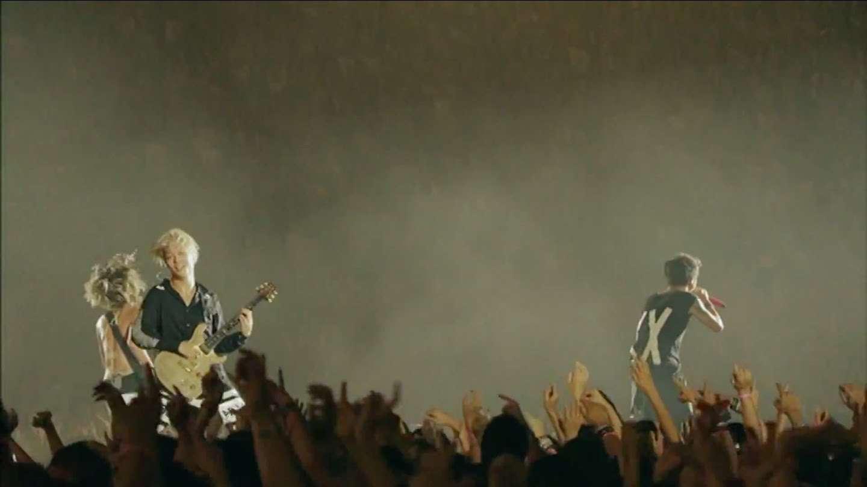 ONE OK ROCK - 完全感覚Dreamer 【 Full HD 1080p 】 - YouTube