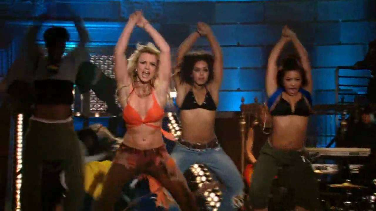 Britney Spears - I'm A Slave 4 U (Best Performance!) HD - YouTube