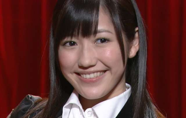 AKB48・渡辺麻友、悶絶級に可愛すぎる「舌ペロ」写真に瞬殺されるファン続出