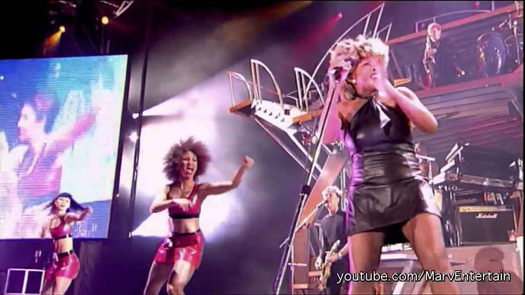 TINA TURNER - PROUD MARY | LIVE IN CONCERT - YouTube