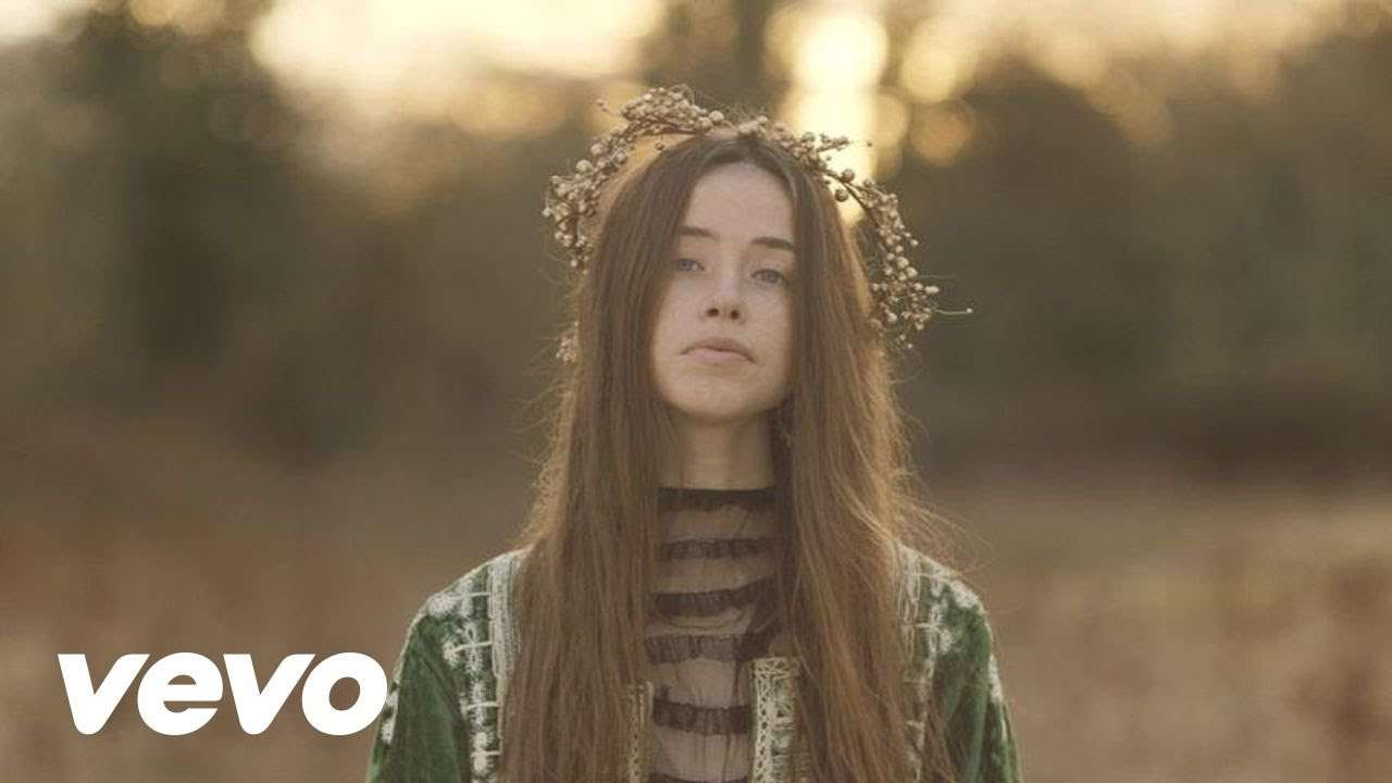 Flo Morrissey - Pages of Gold (Official Video) - YouTube