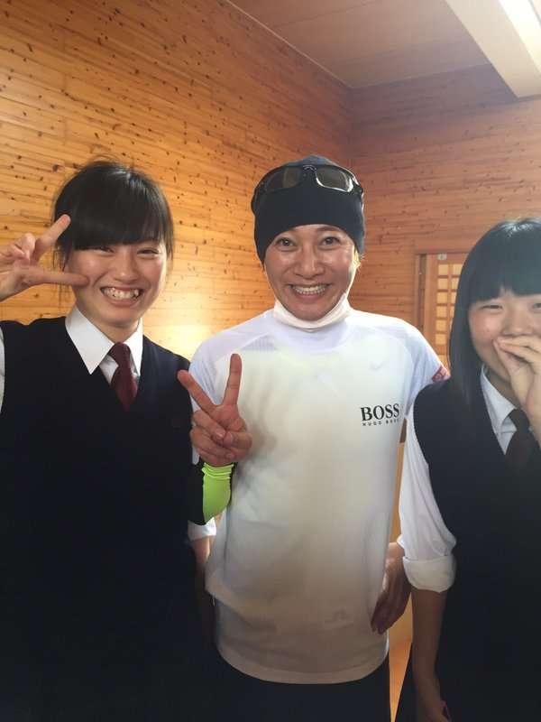 SMAP中居正広さん、三度目の熊本訪問 今度は香取慎吾くんも一緒に! 被災地に笑顔と涙あふれる