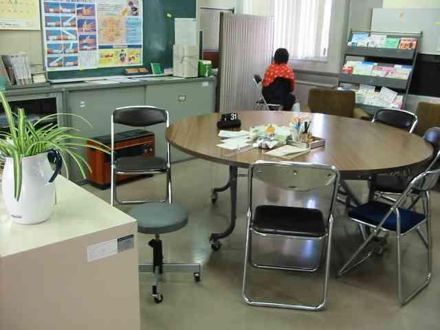日本で「子どもの貧困」が深刻化している――家で朝食が食べられず保健室に行列をつくる児童たち | 日刊SPA!