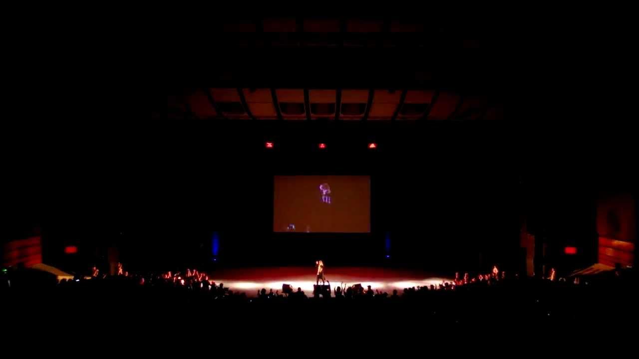 Hironobu Kageyama - Chala head chala - Cartoonist Nice 2013 (France) - YouTube