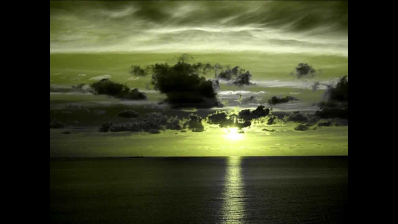 瑠璃色の地球 手嶌葵 - YouTube