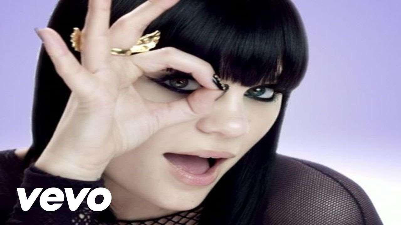 Jessie J - Price Tag ft. B.o.B - YouTube