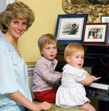 キャサリン妃、ナチュラルな笑顔でイギリス版「VOGUE」の表紙を飾る