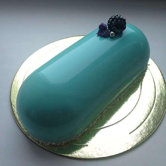 ロシアの菓子職人がつくった宝石のようにツヤツヤなケーキがスゴイ