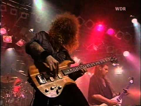 Michael Kiske - Eagle Fly Free (Live '92) - YouTube