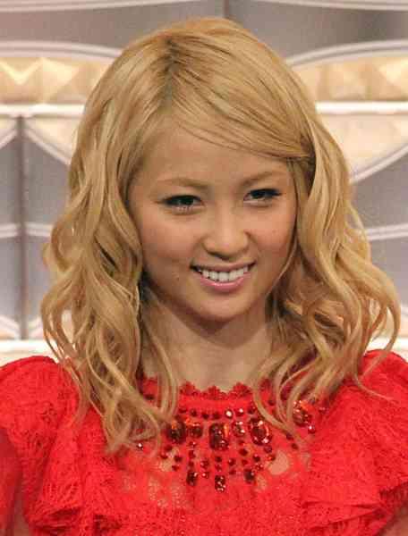 「ズートピア」好調も…誤算だったE-girls・Amiの歌唱力   日刊ゲンダイDIGITAL