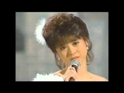松田聖子 瞳はダイアモンド 1983 - YouTube