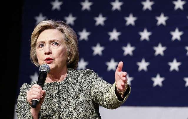 ヒラリー・クリントン氏 メール問題で数週間内に事情聴取へ - ライブドアニュース