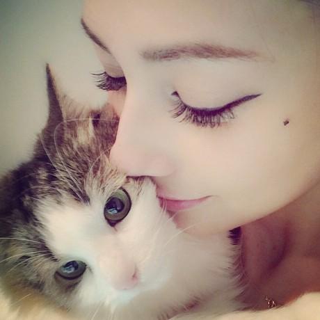 ダレノガレ明美の愛猫がかわいい