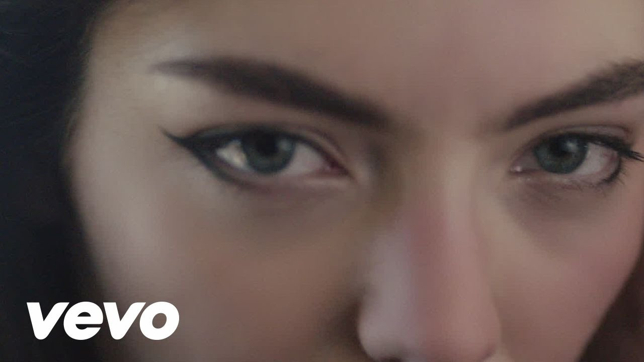 Disclosure - Magnets ft. Lorde - YouTube