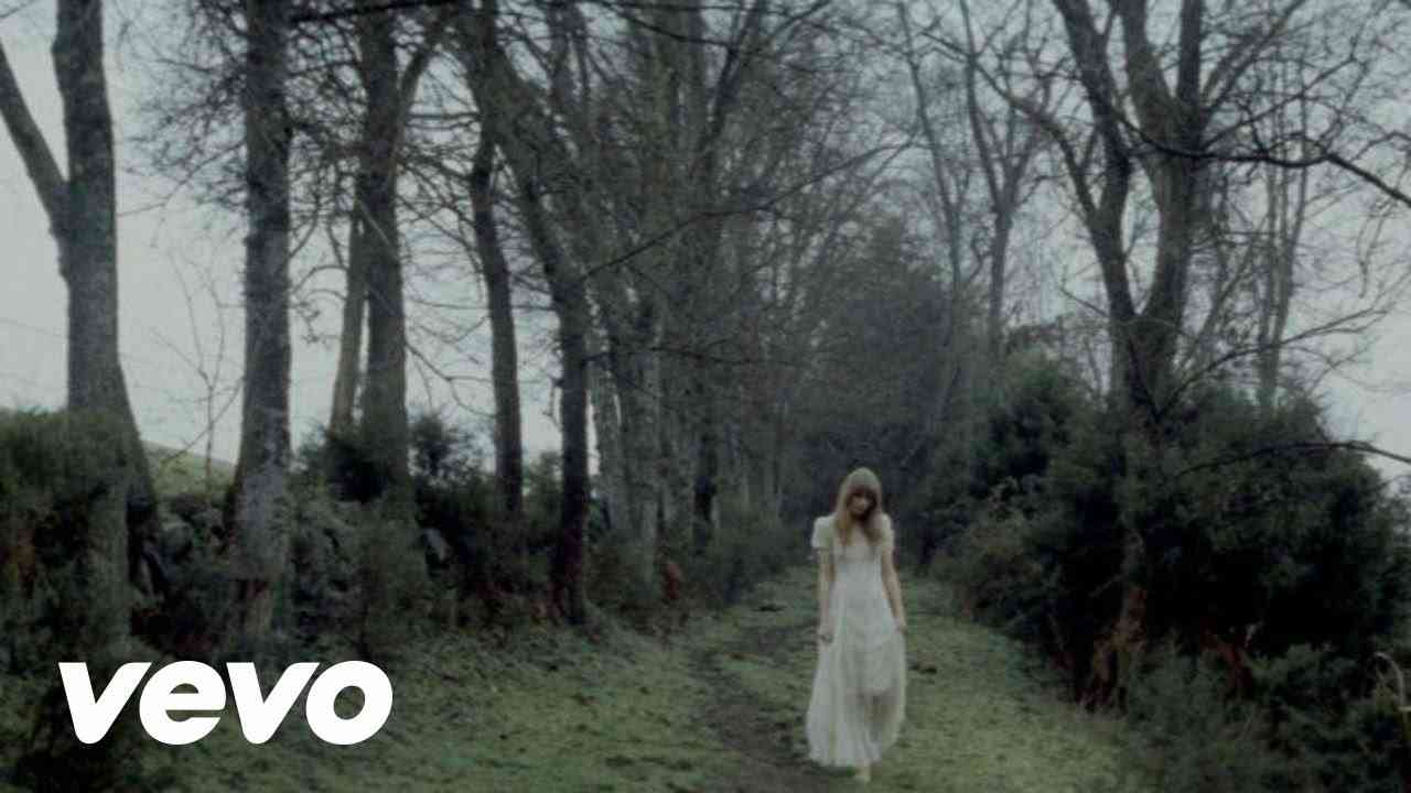 Safe & Sound feat. The Civil Wars (The Hunger Games: Songs From District 12 And Beyond) - YouTube