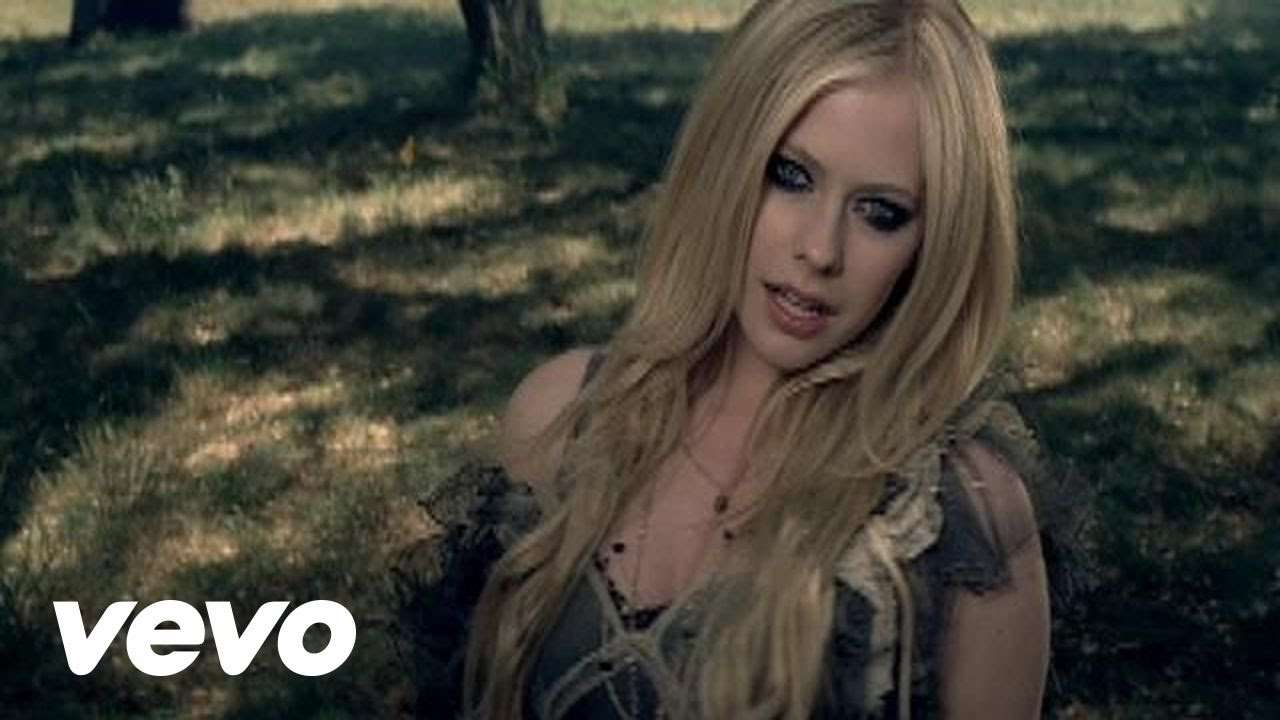 Avril Lavigne - When You're Gone (Official Video) - YouTube