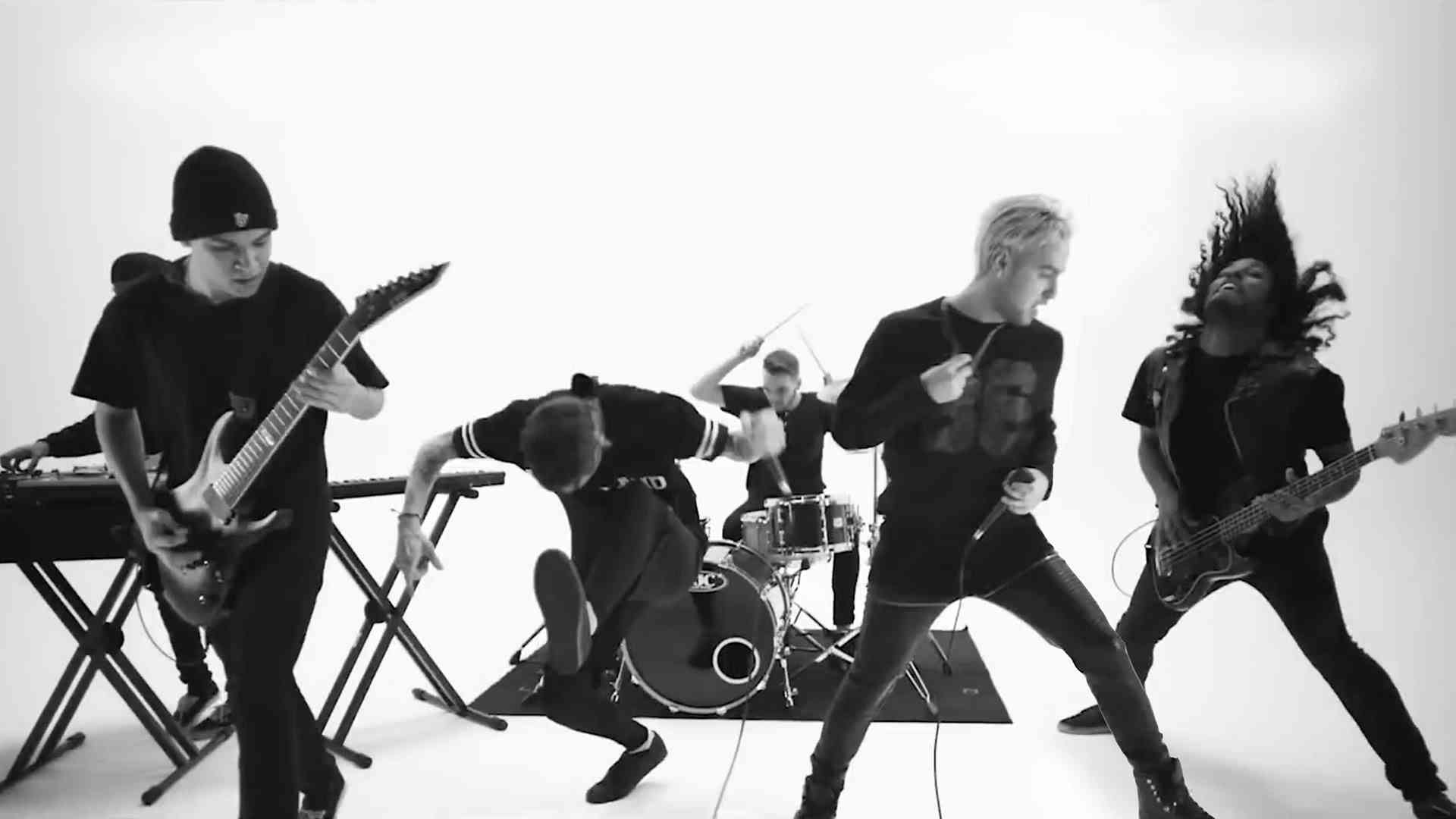 Issues - Stingray Affliction (Official Music Video) - YouTube