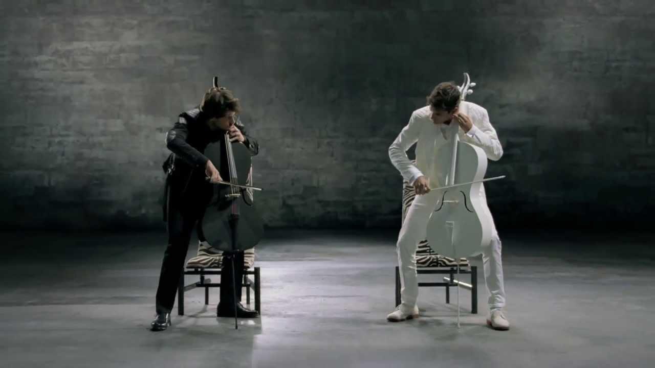 Docomo「ドコモのツートップ 2 TOP(2CELLOS)」篇 チェロ演奏 - YouTube